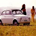 Klasyczny Fiat 500 z lat 60' (Fot. autoblog.pt)
